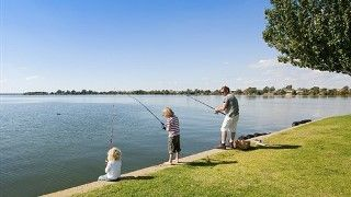 Fishing at Lake Mulwala